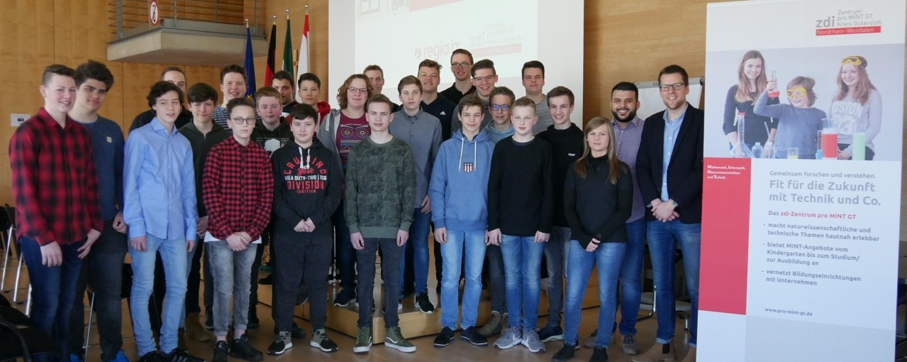 Gesamtschule Verl nimmt erneut erfolgreich am IT-Root-Camp teil